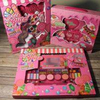 Sweet Glitz Makeup Pretend Sets Giveaway - 3 to 1 Winner
